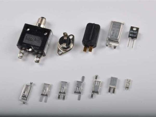 空调压缩机热保护器的工作原理及特性